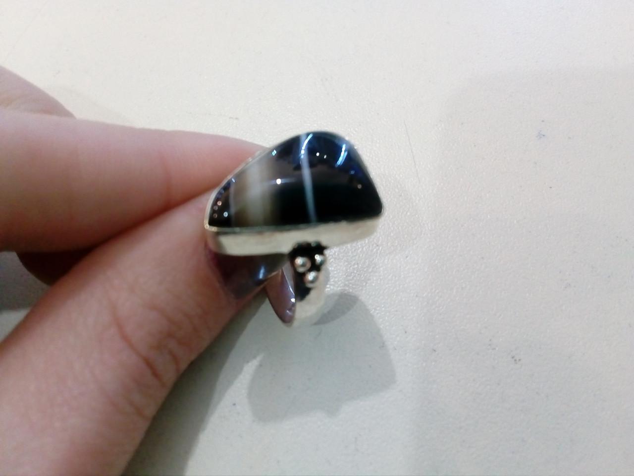 Красивое кольцо ониксовый агат в серебре. Кольцо с ониксом 17,5 размер Индия