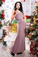 Нарядное вечернее женское платье в пол на одно плече бежевого цвета