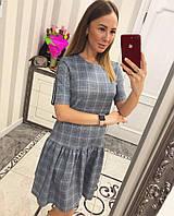 Стильное женское платье украшенное модными лампасами