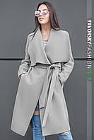 Модное весеннее пальто из кашемира с поясом.