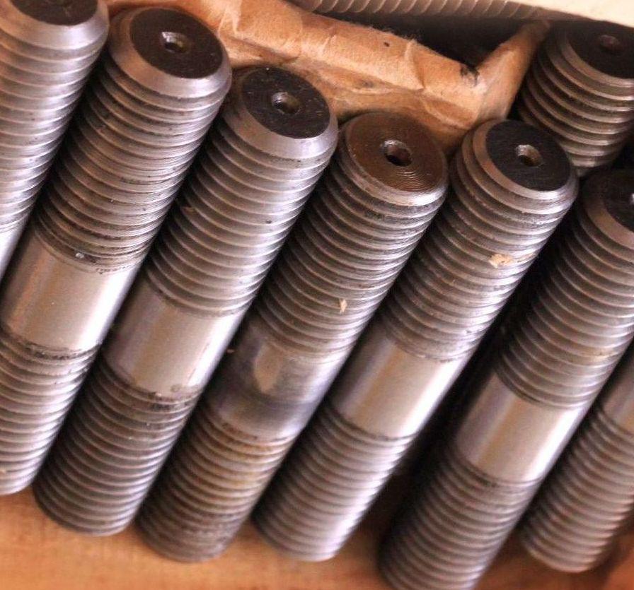 Шпилька М48 с ввинчиваемым концом 1,6d ГОСТ 22036-76, 22037-76