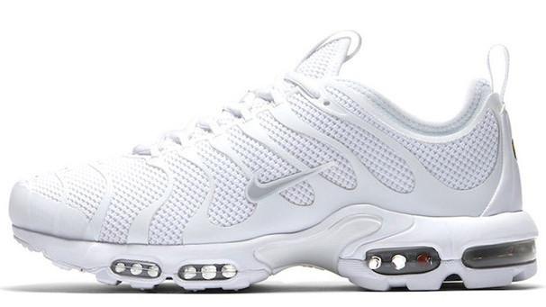 Женские кроссовки Nike Air Max Plus Tn Ultra (Найк Аир Макс Тн) белые