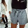 Короткие женские шорты с высокой талией в клетку костюмка