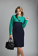 Стильное вязаное женское платье прямого силуэта