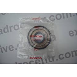 Оригинальный сальник коленвала Honda SH 125-150 20.8X53X9