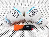 Перчатки боксерские мини сувенир подвеска в авто белые Део