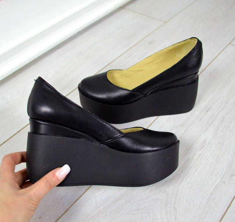 Комфортные женские туфли на платформе (черная кожа)