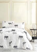 Покрывало стеганное с наволочками Eponj Home B&W Zebra черно-белое 160*220