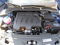 Накладка двигателя (кожух) Skoda Rapid 1.6TDI