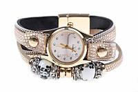 Браслет - часы женский на руку Ruellia бежевого цвета, с металлическими бусинами