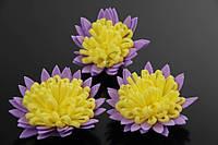 Цветок декоративный Orbea, диаметр 3,5 см, фоамиран, цвет фиолетовый с желтой серединой, декоративные цветы, цветы исскуственне для рукоделия