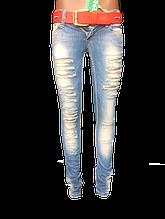 Рваные джинсы Angelina Mara