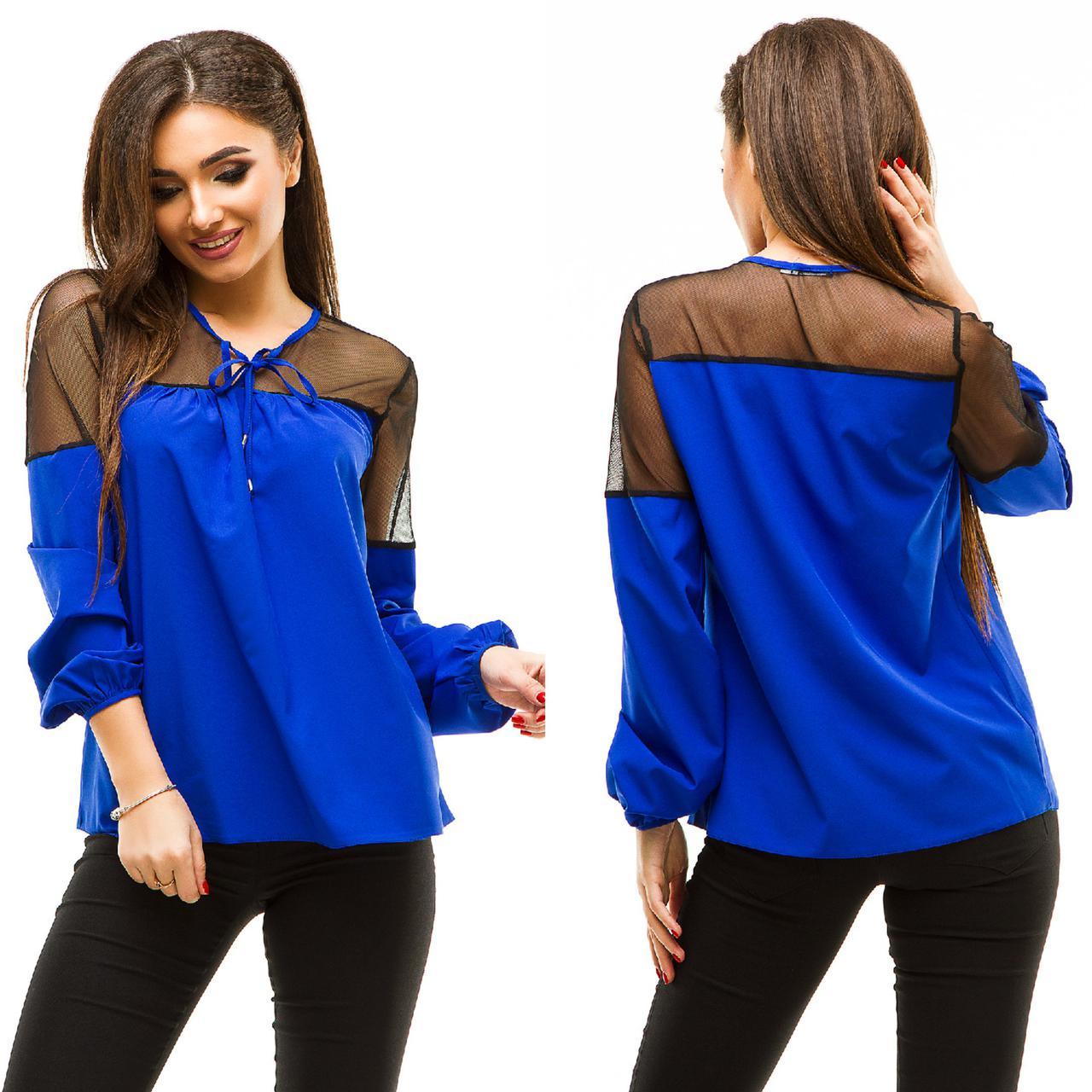 Блузка с сеткой на плечах
