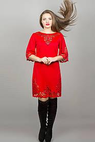 Женское молодежное платья свободного покроя Валенсия размер 46,48,50,52 / цвет красный