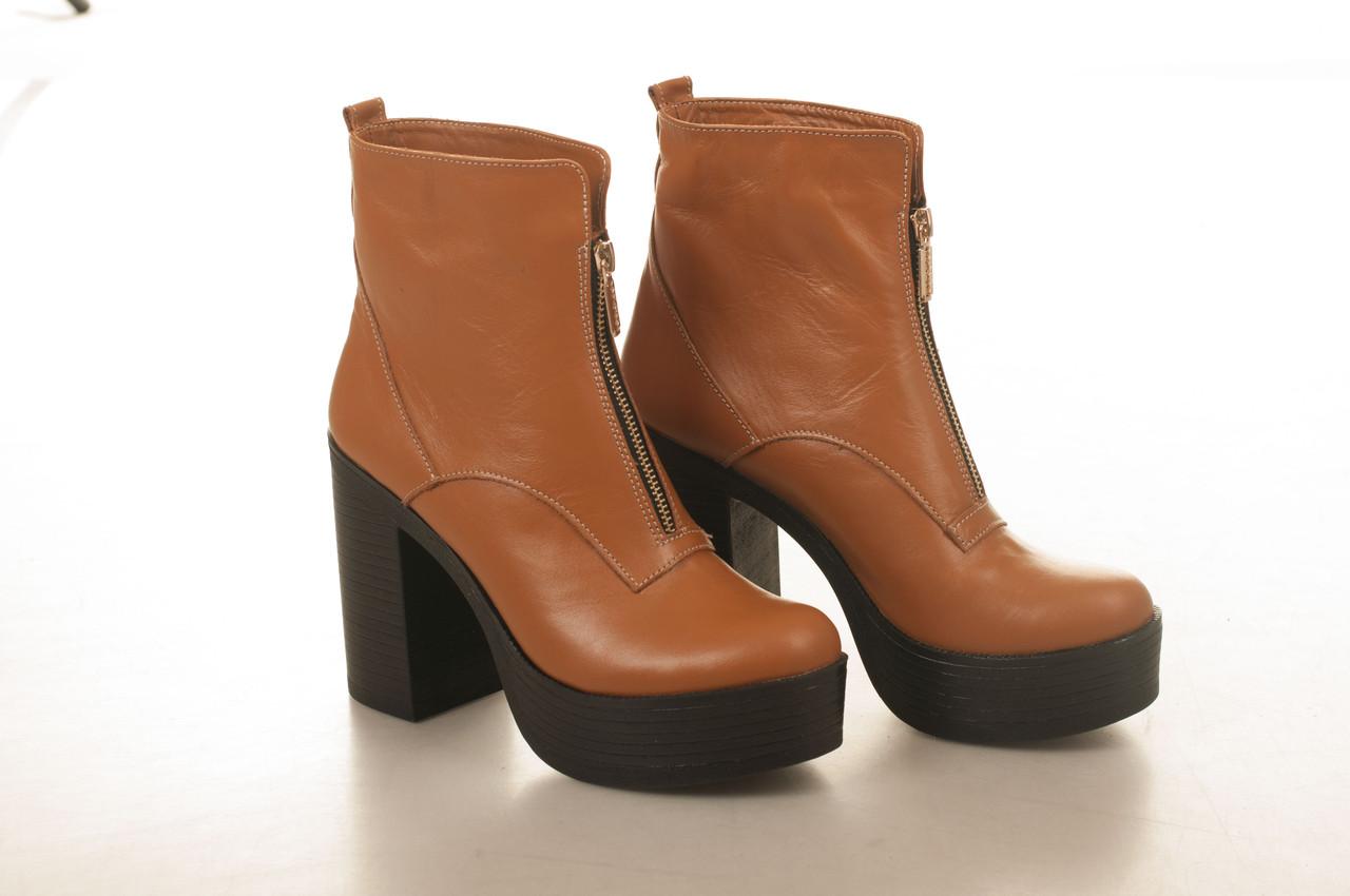 Ботинки на каблуке, из натуральной кожи, замша, лака, на молнии. Семь цветов! Размеры 36-41 модель S2755