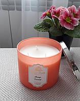 Большая свеча с ароматом манго и кокоса Bath&Body Works Mango Coconut