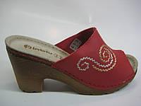 Женские красные шлепанцы с кожаной стелькой ТМ Inblu, фото 1