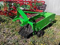 Картофелекопатель транспортерный однорядный Agromech без кардана (Польша)