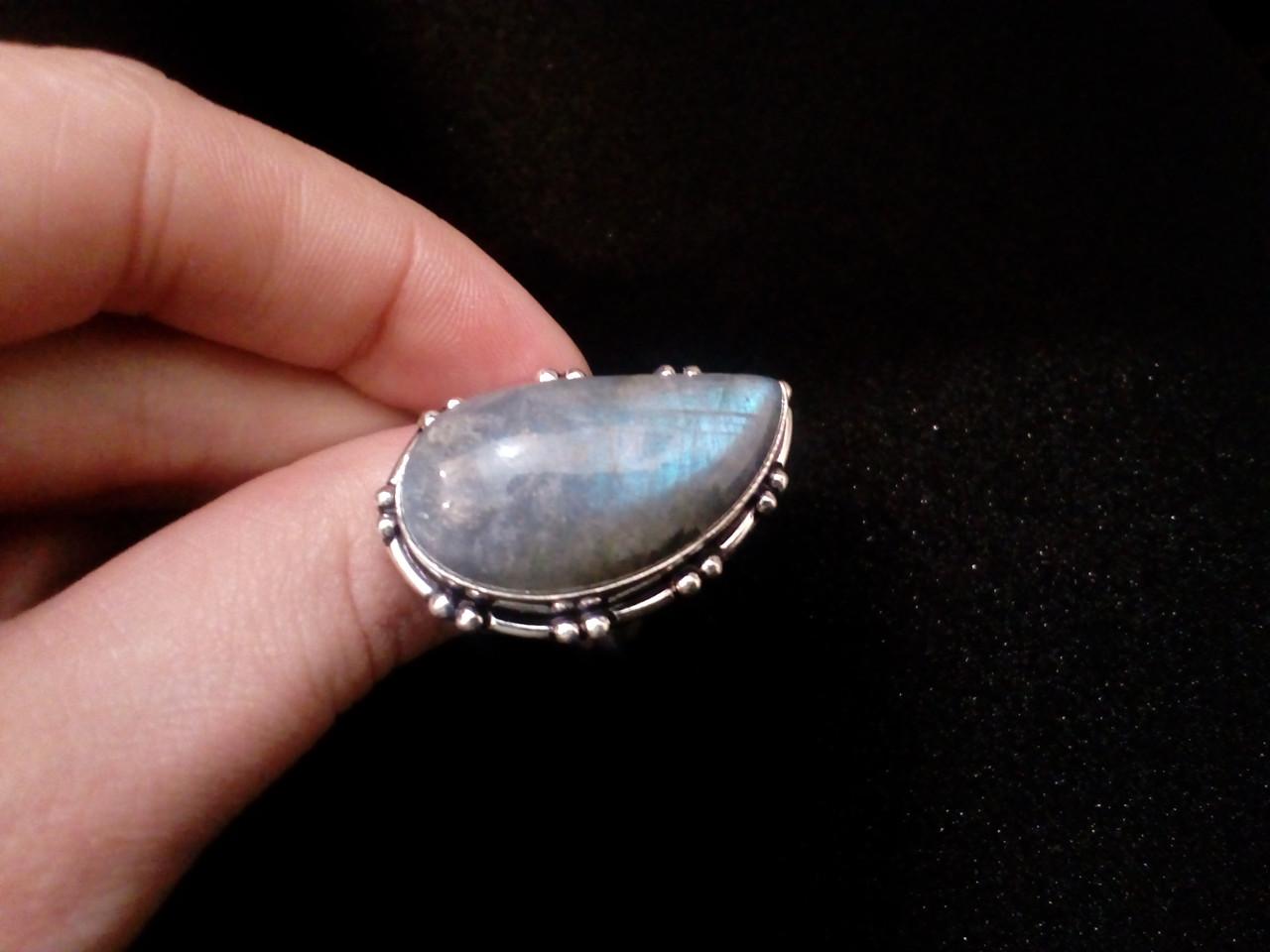 Красивое кольцо с натуральным камнем лабрадор в серебре. Кольцо с лабрадором 17,5 размер Индия