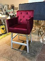 Кресло визажиста. Кресло для салона красоты.