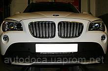 Декоративно-защитная сетка радиатора BMW X1 фальшрадиаторная решетка.