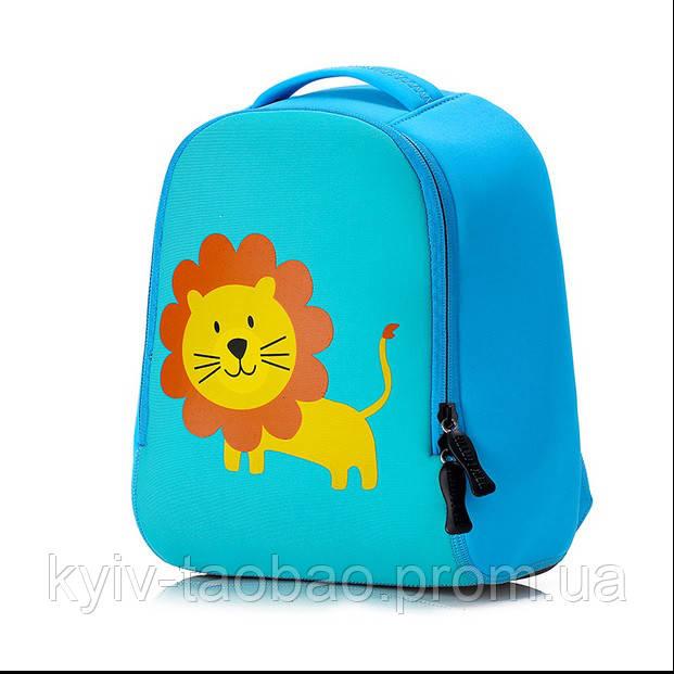 """Детский неопреновый рюкзак """"Розовый зайка"""" голубой лев"""