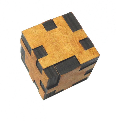 Головоломка Куб Пентамино