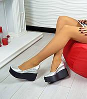 Туфли на черной платформе материал натуральная кожа, цвет серебро