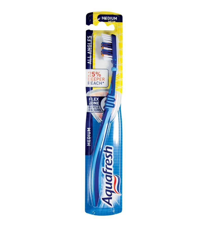 Зубная щетка Clean and Reach Medium