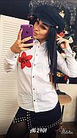 Стильная женская рубашка с нашивкой, фото 1