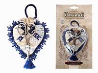 Декоративная игольница в форме сердца с ножницами и шнуром-подвесом,RTO