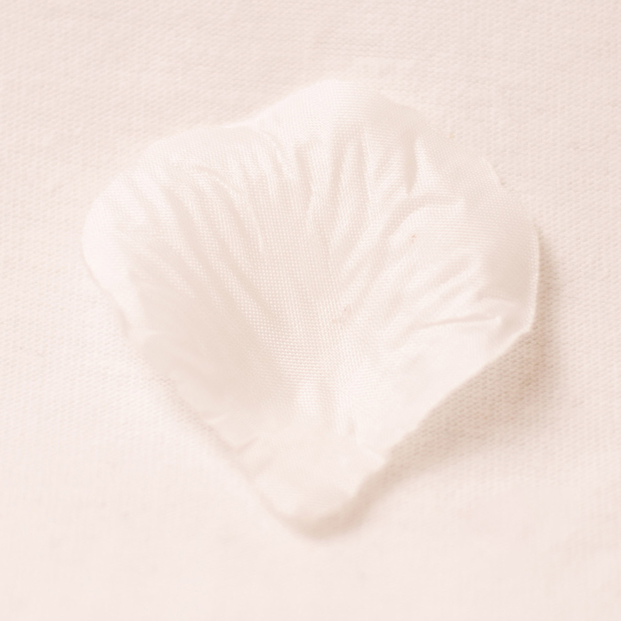 Искусственные лепестки роз (белый) №21