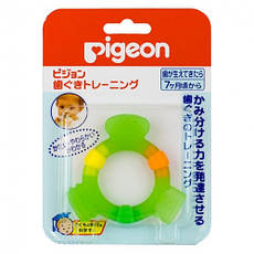 Акція -12% Прорезыватель Pigeon Step 2, 7 + месяцев