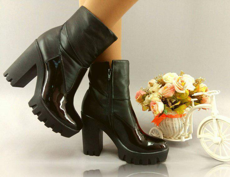 Ботинки на каблуке из натуральной кожи и эко лака. Размеры: 36-41,  код 4034О