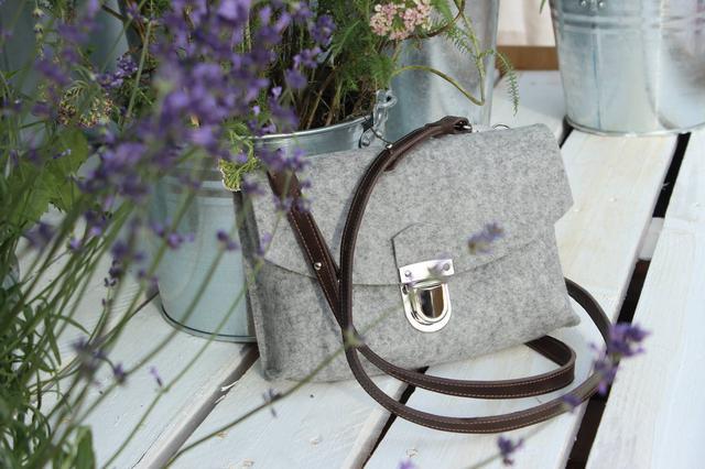 """Жіноча сумка з фетру """"Іndividual3""""ручної роботи"""
