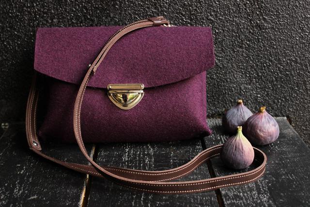 """Жіноча сумка з фетру """"Іndividual5""""ручної роботи"""