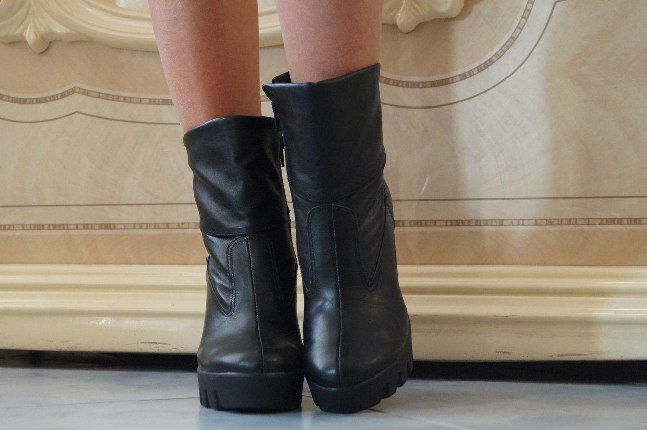 Ботинки на каблуке из стопа - натуральная кожа, верх из эко кожи. Размеры: 36-41,  код 4043О