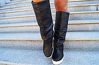 Высокие сапоги на белой подошве, стопа - натуральная кожа, верх из эко кожи. Размеры: 36-41,  код 4045О