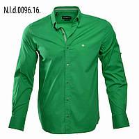 Мужская рубашка зеленая