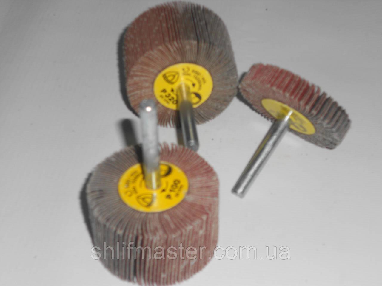 КЛО круг шлифовальный лепестковый с оправкой 55х30х6 Klingspor Р320