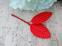 Листики из сатина. Цвет красный.  10 штук.