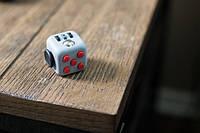 Игрушка для успокоения нервов Fidget Cube