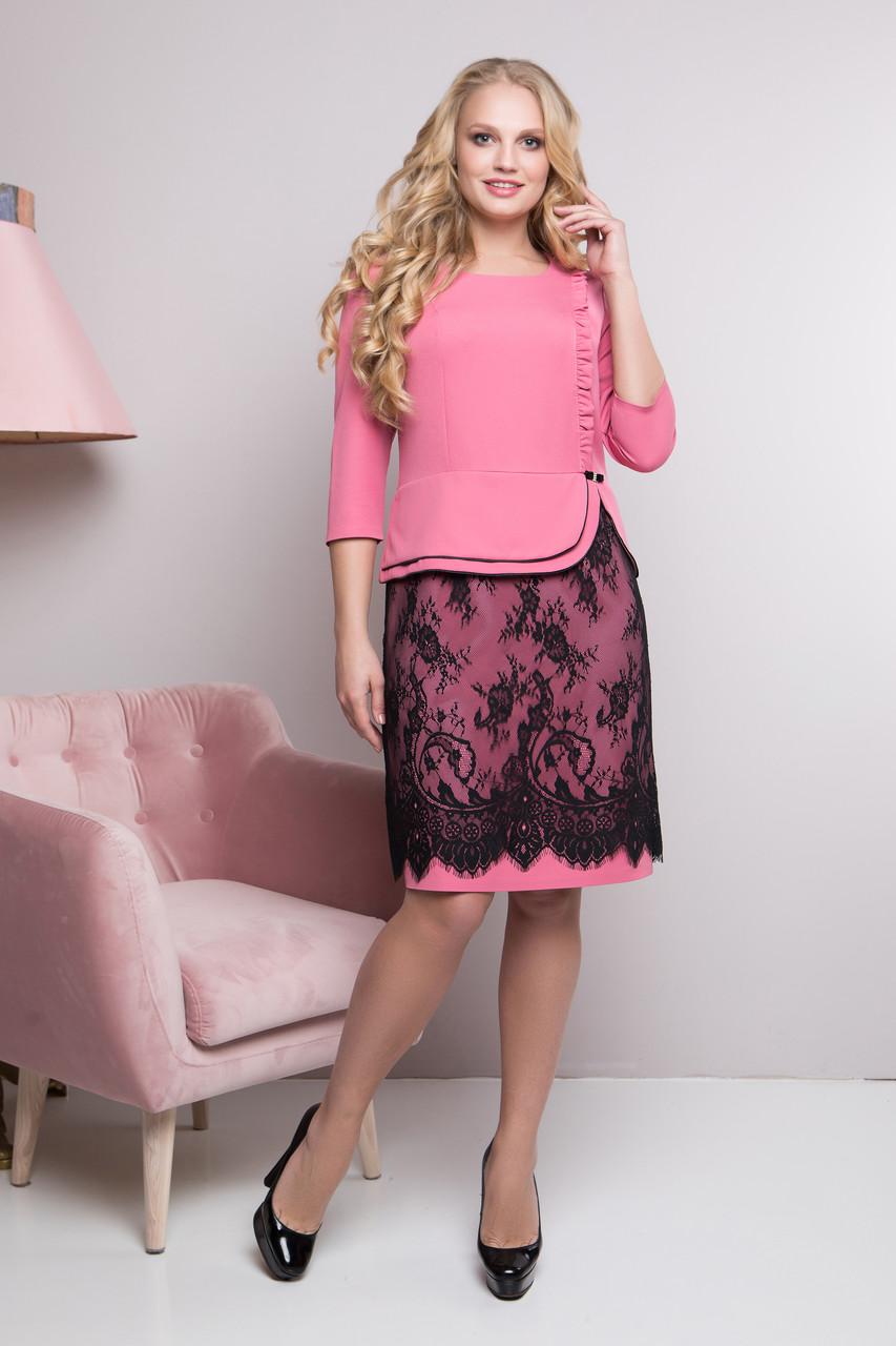 Женское нарядное платье полу - приталенного кроя