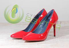 Туфли женские на шпильке, каблуке и танкетке.