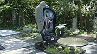 Гранитное надгробие  скорбящая мать №47