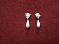 Сережки с камнями и жемчугом на серебрянной основе