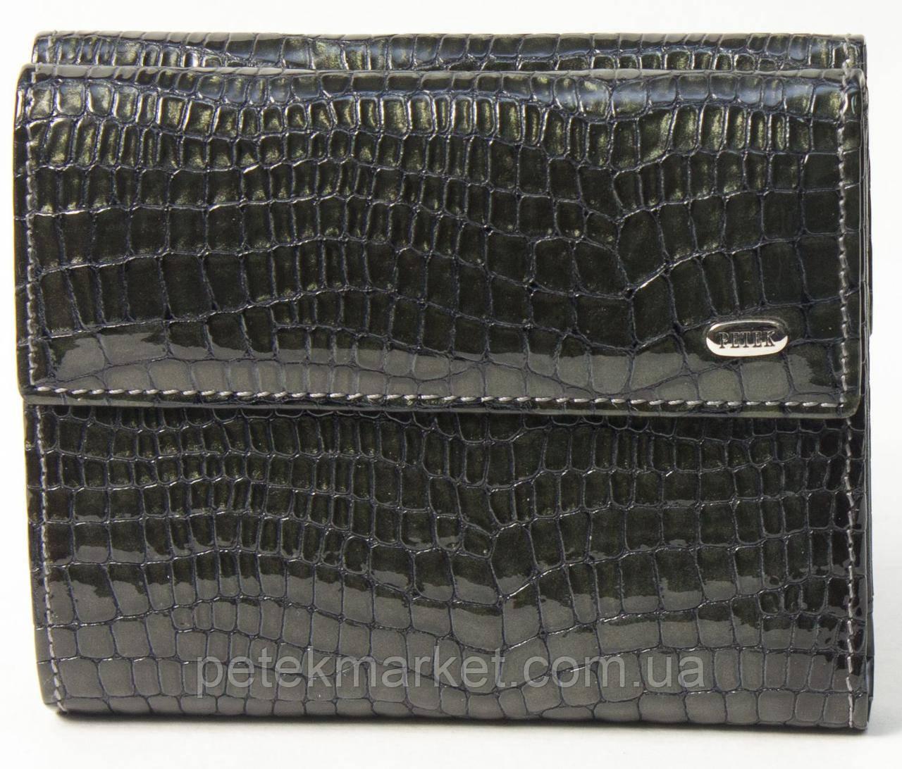 Кожаный женский кошелек Petek 335