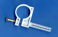 Обойма для труб и кабеля 15-16 мм с ударным шурупом, упаковка 50 шт.
