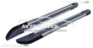 Защитные боковые подножки Toyota Hilux 2006-2011 с окантовкой из нержавейки (стиль R-line)