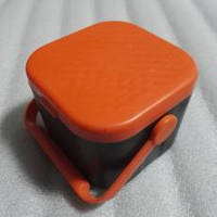Коробка для наживки с пинцетом